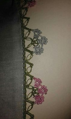 Crochet Borders, Filet Crochet, Knit Crochet, Beginner Crochet Projects, Crochet For Beginners, Baby Knitting Patterns, Crochet Patterns, Diy And Crafts, Crafts For Kids