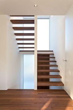 789ecb129232c8 Wohnhaus O32 von m67 architekten - #Architekten #dachfenster #m67 #O32 #von  #Wohnhaus