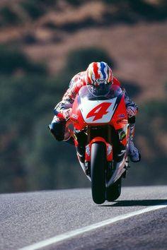 500cc GP. Mick Doohan 1994 Honda NSR500 V4