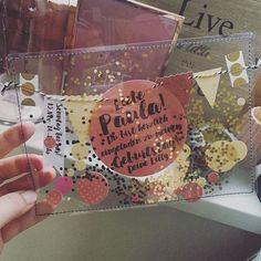 Jetzt sind sie fertig – die Konfetti-Schüttel-Einladungen (okeeee, hier eine mi Now they're done the confetti shake invitations (okeeee here one mi Now they are ready the confetti shake invitation Fairy Mermaid, Diy For Kids, Gifts For Kids, Carton Invitation, Party Invitations Kids, Invitation Birthday, Invitation Ideas, Shaker Cards, Birthday Cards