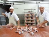 Le Jambon Royal Belge Alain Verhoeven   Al een ambachtelijke vleeswarenfabriek sinds 1922. Verkoop B2B: aan grossiers, beenhouwerijen, traiteurs, restaurants en delicatessenzaken. eigen producten, private label en productie onder exclusiviteit. Verkoop B2C: enkel verkoop van gehele stukken. http://www.handmadeinbelgium.com/lejambonroyalbelge/