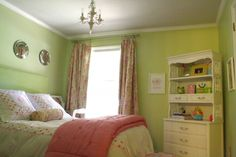 Weekend Homemaker - Big Girl Room Before and After | DIY Show Off ™ - DIY Decorating and Home Improvement Blog