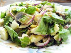 Это салат уникален тем, что нравится практически всем, плюс к этому готовится за десять минут...Этот салатик действительно имеет «отпадный» вкус – нежный и пикантный, так как в нем присутствует селед…