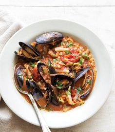 Mussels Fra Diavolo with Fennel, Leeks & Fregola :: j'adore moules! Shellfish Recipes, Seafood Recipes, Pasta Recipes, Gourmet Recipes, Healthy Recipes, Seafood Dishes, Fish And Seafood, Mussels, Fennel