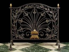 Elaborate Antique Fireplace Screen in iron and brass. Late19th century. fan motif - English Arts & Crafts.