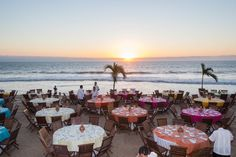 Outdoor venues oceanfront dinner