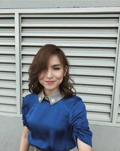 Yassi Pressman, Filipina Beauty, Save Image, Celebs, Celebrities, Best Actress, Blue Hair, My Idol, Cool Outfits