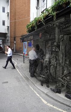 London's Still & Star pub on Harrow Alley (Aldgate) and a 1880 Gustave Dore engraving of the same place (Montage by Adam Tuck) Spitalfields Life British Pub, Great British, London Pubs, Old London, London Location, Old Pub, Bethnal Green, Victorian London, London History