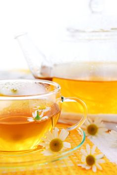 Chamomile Tea ~ Elena Elisseeva (it's a German thing - you wouldn't understand) Chamomile Tea Benefits, Easy Asian Recipes, Hot Flashes, Best Tea, My Cup Of Tea, Lower Cholesterol, Tea Recipes, Drinking Tea, Tea Pots