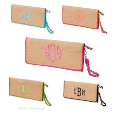These woven straw clutch purses are perfect for #bridesmaids or #teacher_gifts, or for yourself. Can be #monogrammed