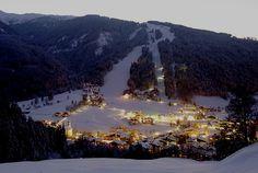 #snow #austria #winter #village #vacation #alpineBooker #ski
