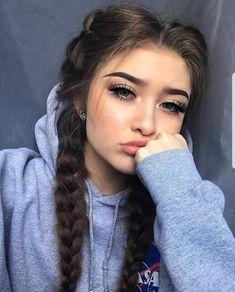 Hübsche 18 jährige