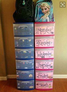 Weekly clothing organizer