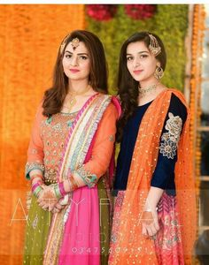 New wedding dresses pakistani sisters 2018 Ideas Bridal Mehndi Dresses, Desi Wedding Dresses, Pakistani Formal Dresses, Bridal Dress Design, Pakistani Dress Design, Party Wear Dresses, Wedding Wear, Pakistani Mehndi Dress, Walima Dress