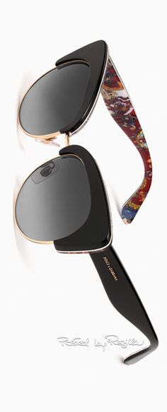 Regilla ⚜ Una Fiorentina in California   Photo Sunnies Sunglasses, Summer  Accessories, Jewelry Accessories 337120a429