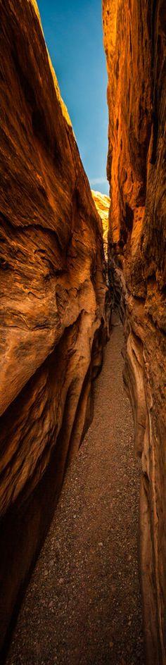 little wild horse slot canyon  -  photo by thomas o'brien   www.tmophoto.com