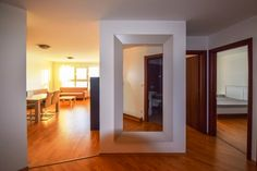 Прихожая, трехкомнатная квартира в аренду Ружинов Братислава Словакия.