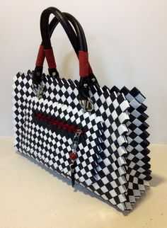 Candy Bags, Duct Tape, Catalog, Diy And Crafts, Recycling, Shoulder Bag, Tote Bag, Purses, Black And White