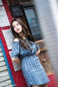 MOMOLAND Nancy - Japan promotion photoshoot by Naver x Dispatch - Sexy K-pop Nancy Momoland, Nancy Jewel Mcdonie, Asian Woman, Asian Girl, Korean Girl, Cute Girls, Cool Girl, Daisy, Pretty Asian