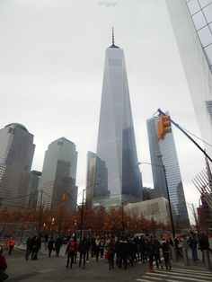NEW YORK | One World Trade Center | 1,776' Pinnacle / 1,373' Roof | 108 FLOORS - Page 1801 - SkyscraperPage Forum