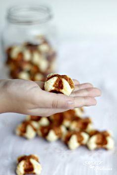 Waffle bites-Bocaditos de gofres de queso