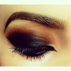 Black Smokey Makeup