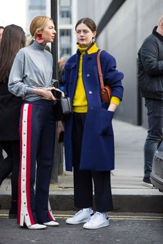 On the street at London Fashion Week. Photo: Chiara Marina Grioni.