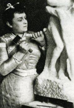 Camille Claudel fue una escultora francesa, hermana del poeta, dramaturgo y diplomático francés Paul Claudel.