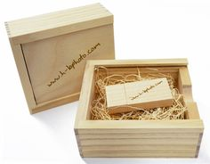 Wood USB Drives & Boxes