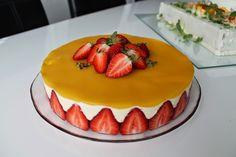 Pienet+herkkusuut:+Raikas+mango-passionhedelmäjuustokakku
