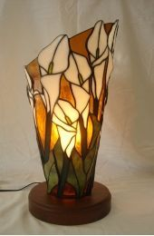 Stained glass calla lily lamp