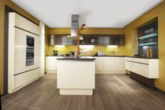 Rhodos kuchyňská linka s ostrůvkem, vysoký lesk v odstínu magnólie / kitchen with island