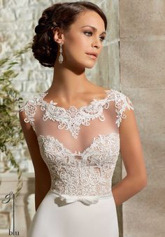 5301 Wedding Gowns / Dresses Venice Lace and Chiffon Georgette with Satin Waistband