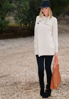 The Stylish Housewife - Sweater Weather.... Want this sweater for after Mac!