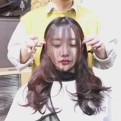 [New] The 10 Best Eye Makeup Today (with Pictures) - . Hair Cutting Videos, Hair Cutting Techniques, Hair Videos, Medium Hair Styles, Curly Hair Styles, Korean Hair Color, Ulzzang Hair, Haircuts Straight Hair, Asian Short Hair