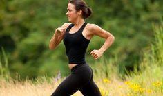 Programme de jogging pour maigrir. Programme de jogging pour maigrir. Courir pour maigrir est un bon choix sportif. En effet on peut très vite maigrir en courant à condition de choisir la bonne méthode. jogging Courir à jeun est efficace pour maigrir : Le but du jogging à jeun est d'épuiser le dernier des stocks de sucre organique disponible, le glycogène hépatique « c'est ...