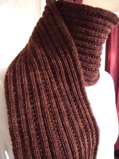 Simply Ribbed Scarf FREE Knitting Pattern