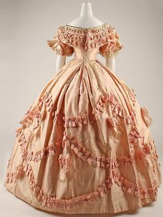 Ball gown, 1860-61, French, view of back and lacing under the bertha. In storage at the Met.