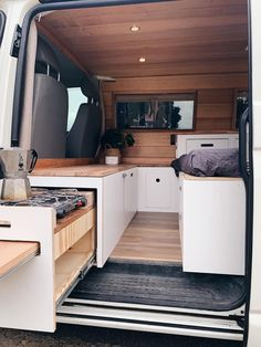 Van Conversion Interior, Camper Van Conversion Diy, Campervan Conversions Layout, Mini Camper, Camper Life, Van Living, Tiny House Living, Diy Van Interior, Campervan Storage Ideas