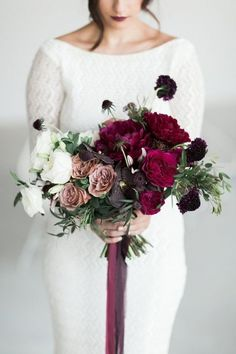 Purple Wedding Flowers Ombre White, Mauve, and Berry Bouquet Purple Wedding Flowers, Burgundy Wedding, Bridal Flowers, Floral Wedding, Wedding Colors, Wedding Day, Trendy Wedding, White Burgundy, Burgundy Wine