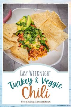 This kid friendly meal is quick to cook and healthy! Guaranteed to be a new family favorite. Kid Friendly Chili Recipe, Kid Friendly Meals, Healthy Meals For Kids, Healthy Recipes, Delicious Recipes, Healthy Dinners, Easy Recipes, Healthy Food, Snack Recipes
