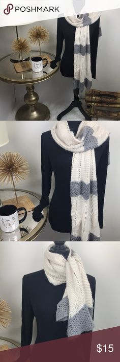 Beautiful Winter Scarf Warm up with this cozy piece. A great accessory to your winter wardrobe. Pre-Owned with Love Accessories Scarves & Wraps
