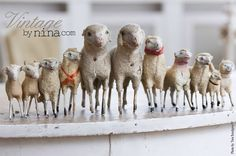 little sheep for the shepherds in the field where they lay. French Christmas, Antique Christmas, Primitive Christmas, Country Christmas, Antique Toys, Vintage Toys, Baa Baa Black Sheep, Sheep And Lamb, Counting Sheep