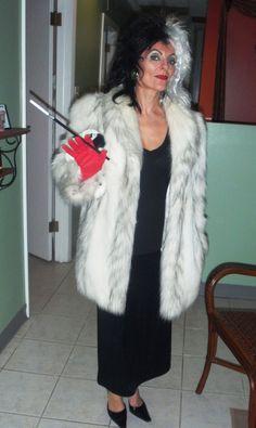 Cruella De Vil Costume and Makeup