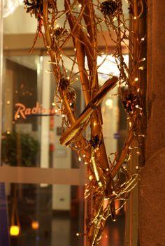 Beautiful gold decor at #RadissonBlu Hotel #Madrid Prado