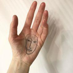 Margaux Dereume's hand