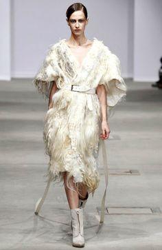 e c c o * e c o: Paris Fashion Week: Josephus Thimister AW2011