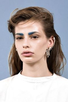 December 22: French-Girl BrowsThis colorful brow trend emerged from Paris this year — and surprised even us. Wear it out to the bar, or just try it while you're bored at home. (Send us an Insta pic if you do!)For all the deets, click here.  #refinery29 http://www.refinery29.com/2016/11/131372/best-makeup-trends-2016#slide-22