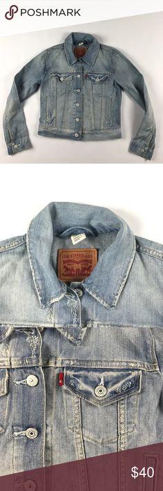 Vintage Small Levi's Button Denim Jean Jacket Blue Excellent condition Levi's Jackets & Coats Jean Jackets