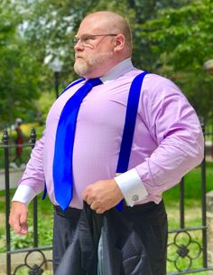 The Papa Bear of Men's Fashion — You know, maybe that tailor was right, maybe it IS. Lose Belly Fat Men, Big Men Fashion, Fashion Boots, Fashion Ideas, Womens Fashion, Clothes For Big Men, Handsome Older Men, Chubby Men, Plus Size Men